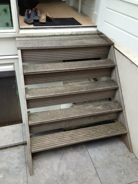 Vernieuwen hardhouten trap : Klusbedrijf D. de Lange